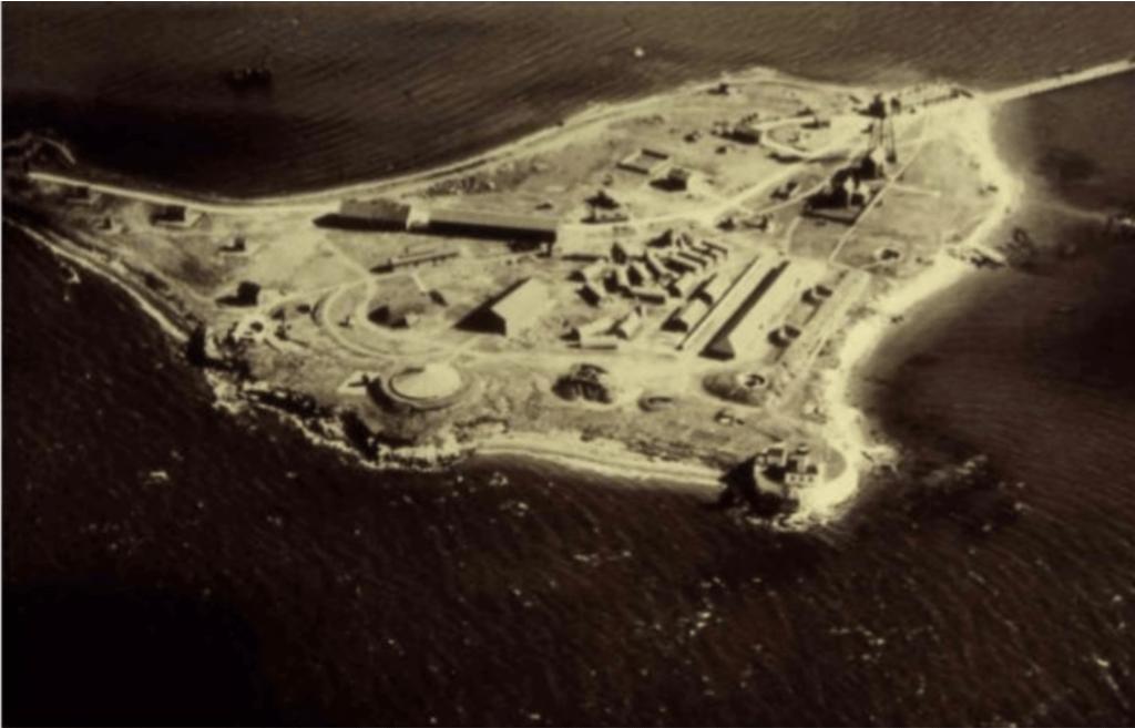 Ecology and Conservation, Ecology and Conservation, Rose Island Lighthouse Foundation